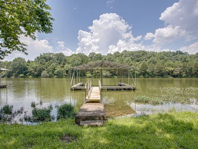 Photo for Quiet retreat with dock on Old Hickory Lake near Nashville!