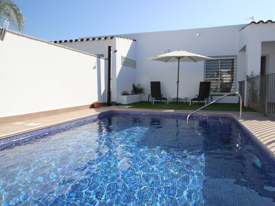 Photo for modern new house with private pool for 4 persons, near to Conil but in natural surrounding, with free WiFi