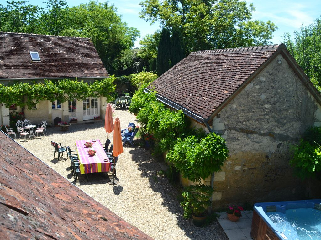 Three Loire Valley cottages with exclusive carp fishing lake & huge heated pool