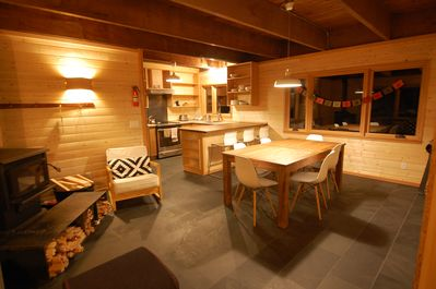 Snowy Owl Kitchen/Dining/ Wood Sove