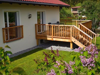 Photo for Cozy cottage with large garden, balcony, veranda