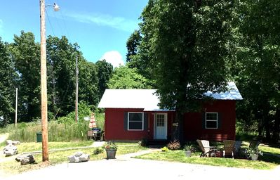 The Red Cabin Located In The Beautiful Upper Buffalo River