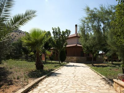Photo for Lovely Country House near Nafplio