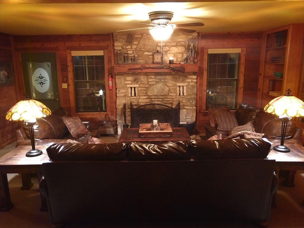 the one and only hunt hilltop cabin vrbo