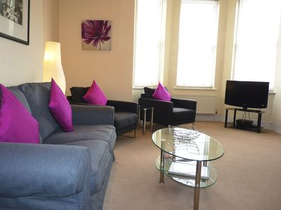 Photo for Cavendish Apartment - contemporary flat close to beach, theatres and town centre