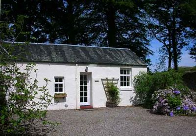 Clematis Cottage, With Views Down Loch Etive - Taynuilt