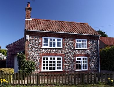 Photo for Beautiful, Detached, Traditional Norfolk Cottage In Quiet Village Location.
