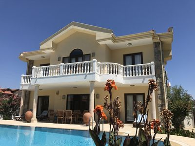 Photo for 4 bedroomed detached private villa with pool, garden, BBQ. wifi.