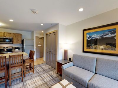 Photo for Convenient studio condo w/shared pool, hot tub - walk to lifts, dining, shopping