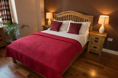 Master bedroom-The Ruby Suite