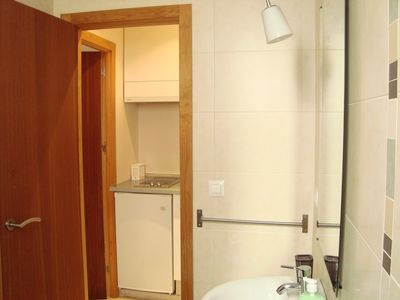 Photo for Apartment 1.2 km from the center of Seville with Internet, Air conditioning, Lift, Washing machine (658603)