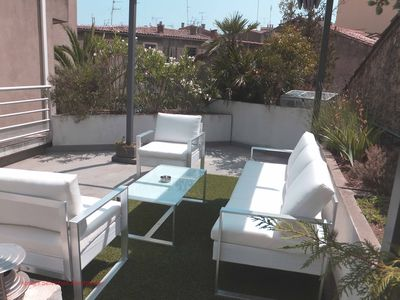 Photo for Montpellier Appartment city center 1 bedroom, terrace. Standing
