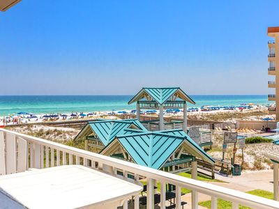 Photo for Island Princess 317-3BR☀Aug 25 to 27 $668 Total!☀Steps2Beach☀Gulf Front Pool!