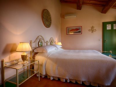 "Photo for Podere Salicotto: Rosa - Double room ""Comfort"""