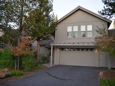 Photo for 33 Fremont Crossing: 3 BR / 3.5 BA townhome in Sunriver, Sleeps 8