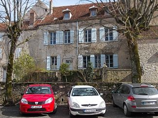 Photo for Spacious Holiday Home In Vezelay, Yonne, Burgundy