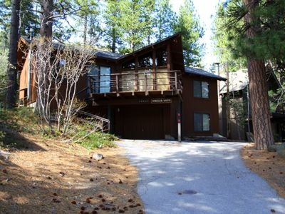 Photo for 3 bedroom, 2 bath, sleeps 8. Direct Donner Lake Access: DLR#038