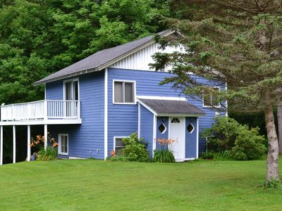 Photo for Close to skiing in Windham and Hunter, zip line, hiking, lakes, 20+restaurants