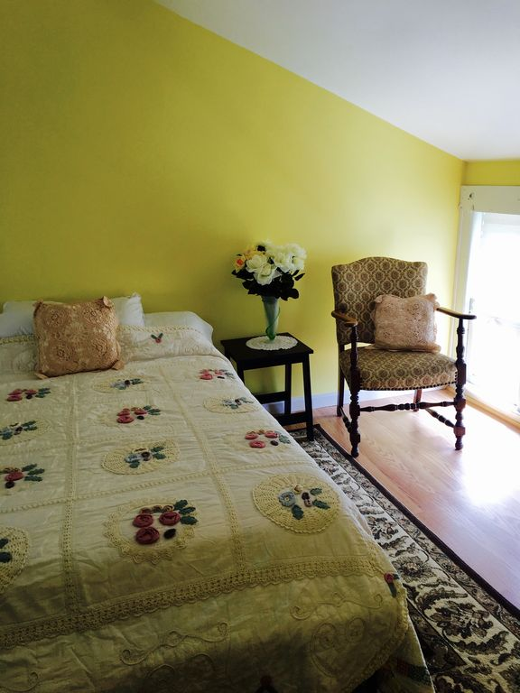 Relax in this beautifully furnished apartment on The Strip.