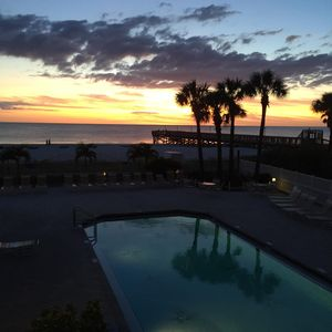 Photo for Spectacular Sunset Beach Getaway