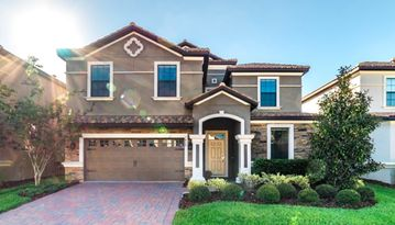 GORGEOUS 9 BED 5 BATH HOME IN CHAMPIONS GATE RESORT- Minutes from all parks