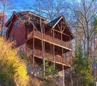 Photo for 5BR Cabin Vacation Rental in Pigeon Forge, Tennessee