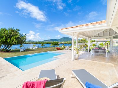 Photo for Celadon luxury villa with pool, pontoon, sea view