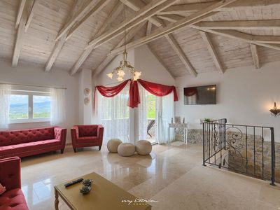 Photo for Beautiful renovated stone villa with private pool