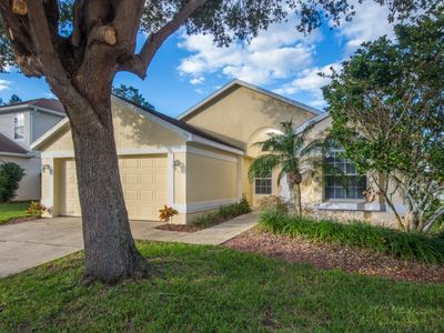 Photo for Pool Table - TVs in Every Bedroom - Free Wifi - Golf Course - 15 Minutes to Disney