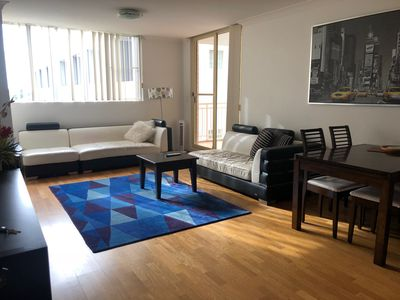Photo for SPACIOUS 2 bedroom Apartment with Free WiFi, Parking, Close to Shops and UNSW