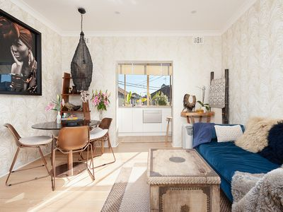 Photo for Bright Beachside Coogee Apartment