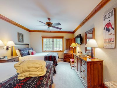 Photo for Ski-in/ski-out studio w/ kitchenette, WiFi, elevator, shared pool and hot tubs!