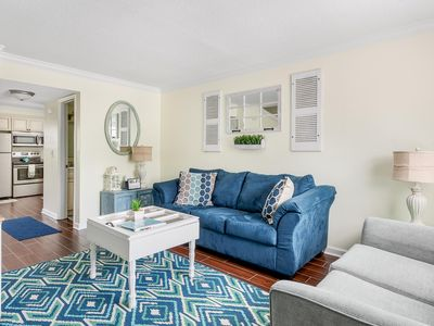 Photo for Cozy and Comfy in Charleston! (West Ashley) 30 day minimum stay