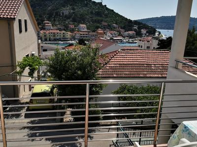 Photo for One bedroom apartment with balcony and sea view Tisno, Murter (A-4295-b)