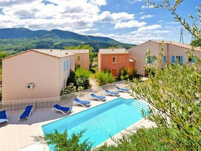 Photo for Residence Le Domaine de l'Oliveraie, Nyons  in Drôme - 6 persons, 2 bedrooms