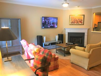 Photo for 3BR TownHome | SunTrust Park | King Bed | WIFI