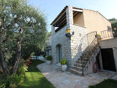 Photo for Charming house 3 bedrooms / Heated swimming pool / Barbecue