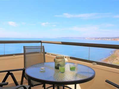 Photo for Spacious apartment with sea views, Air-Con & WIFI, Close to Estepona port with direct beach access