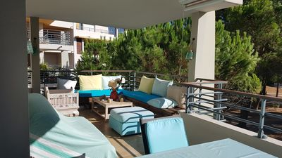 Photo for Charming apartment, wifi, air conditioning, park with swimming pool 5 minutes from beaches and port