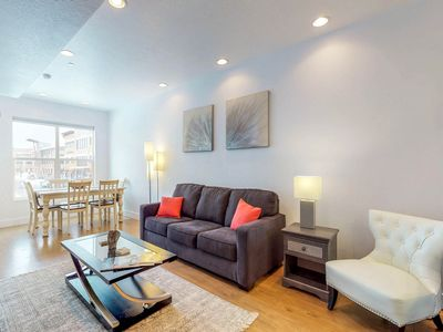 Photo for Immaculate townhome w/ a private hot tub, walk to dining and nightlife.