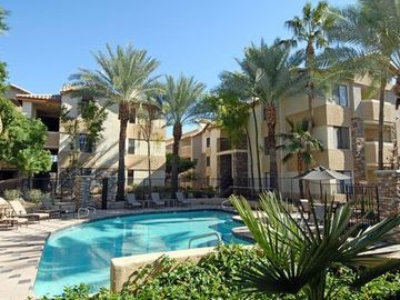 Royal Gardens Condominium, Phoenix, AZ, USA