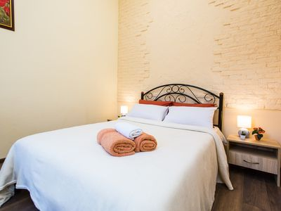 Photo for ♥King-size bed♥Free parking♥43Mbpc WiFI+Balcony♥