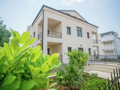 Photo for Spacious and newly furnished apartment with balcony in Veli Maj