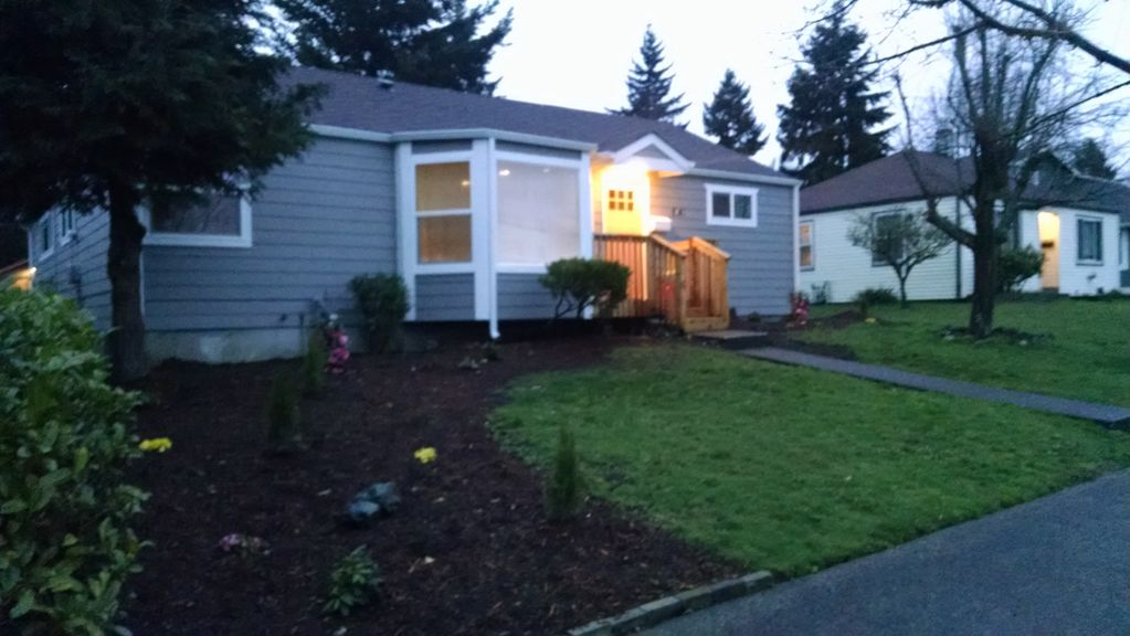 Gorgeous Modern West Seattle Home Perfect Location 3 BR Vacation House Fo