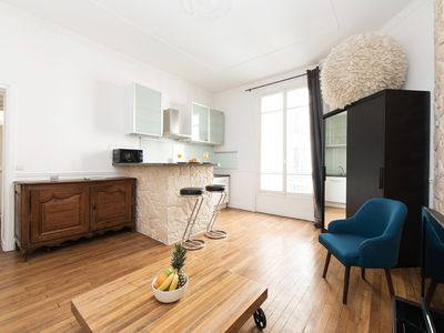 Photo for COZY APARTMENT IN THE HEART OF THE MONTORGUEIL AREA - REAUMUR