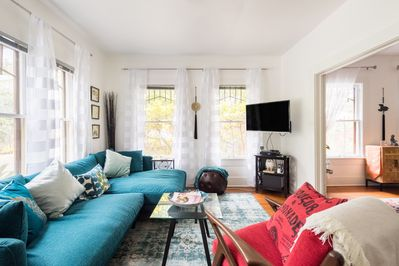 Bright, cheerful and very cozy. Watch your favorite show on cable...