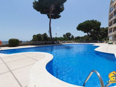 Photo for Beautiful apartment 6 pax with pool in Salou.