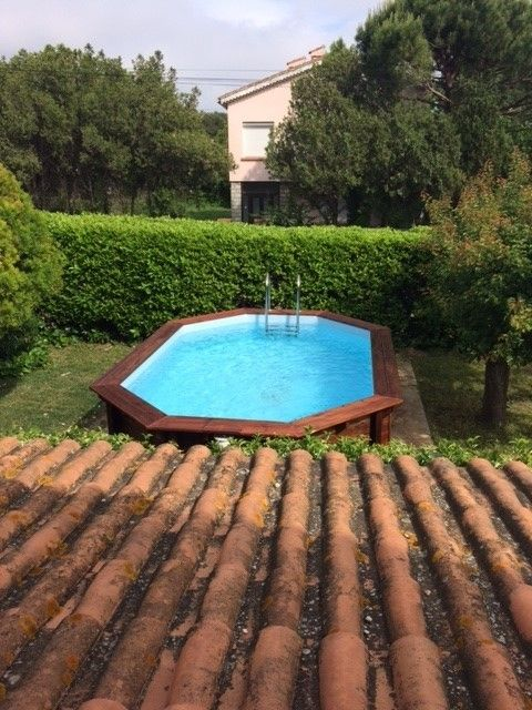 Bas de villa t3 avec piscine et jardin privatif six fours for Piscine six fours