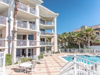 Photo for Condo Amenities, Gulf front bldg, Elevator, Pool, Hot tub - Blue Mountain Beach
