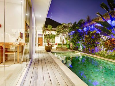 Photo for Luxurious Private Tropical Concept Villa